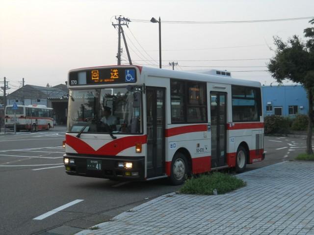 hakusan-bus