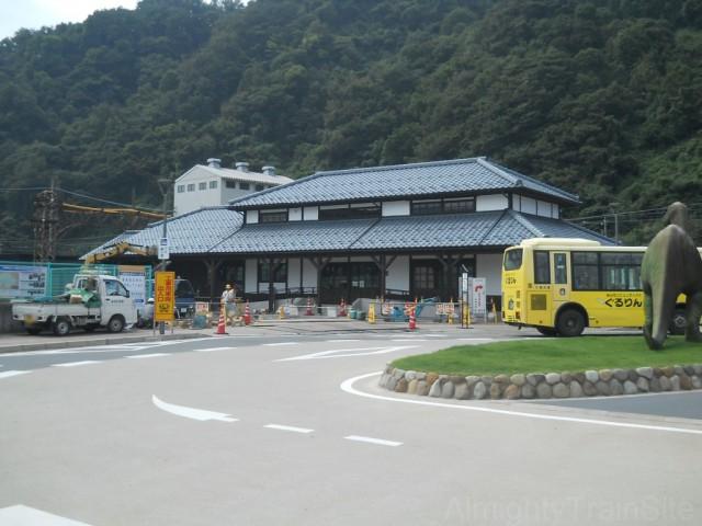 katsuyama-sta