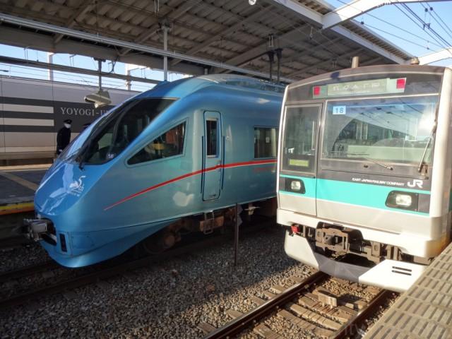 romancecar-E233