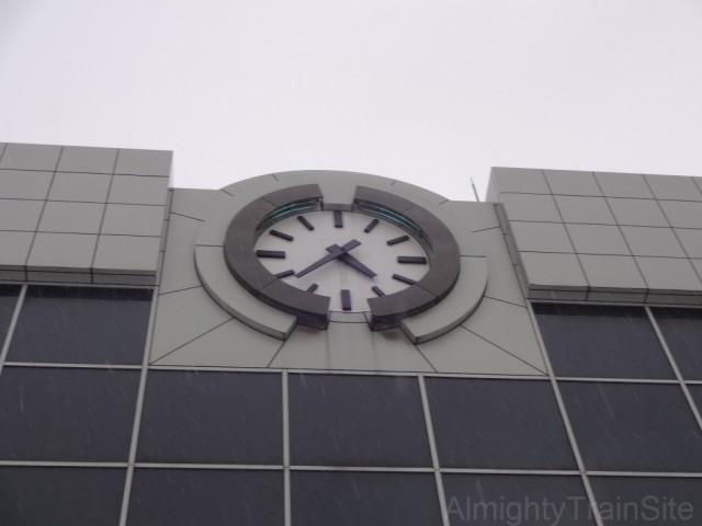 sapporo-sta-clock