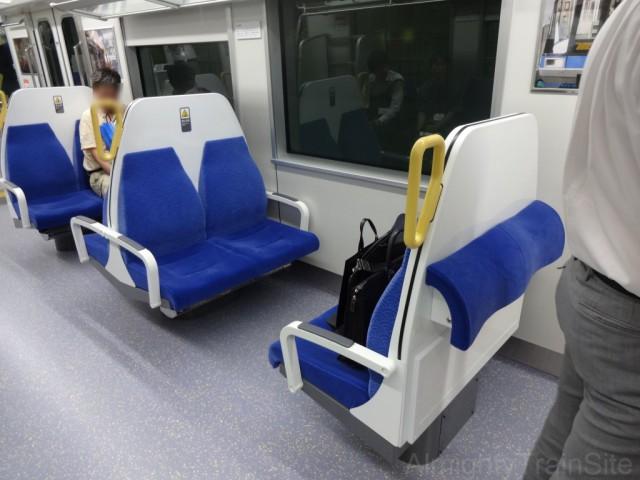 10000_box_seat