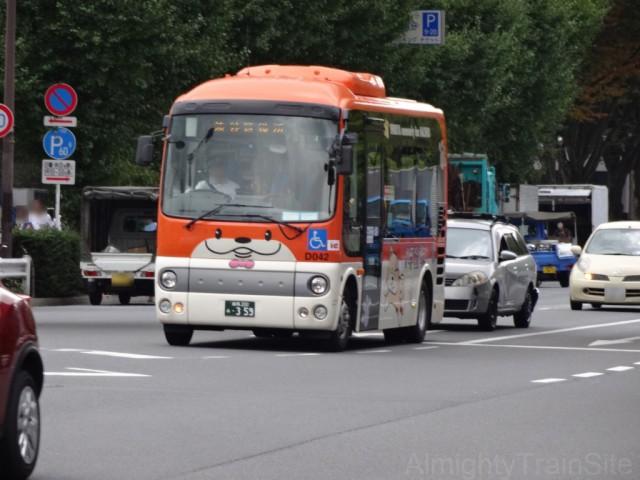 hachiko-bus