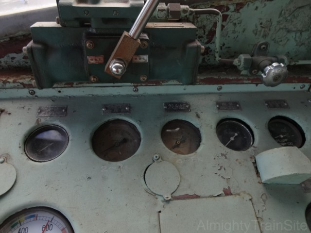 DD502-cockpit6