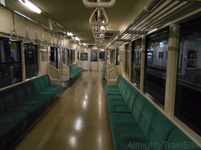 shin-aomori-701-inside