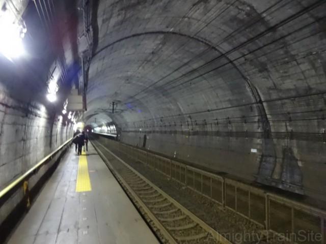 tsutsuishi-tunnel