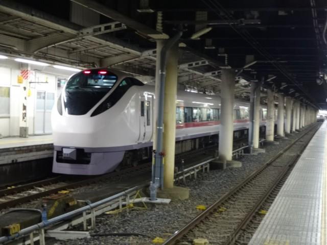 ueno-E657
