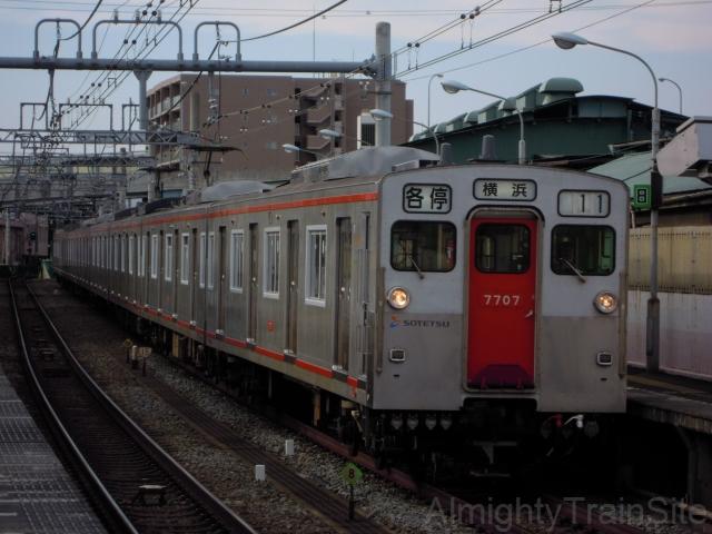 概要 当時、相模鉄道の標準車両であった相鉄新6000系の設計を基に、ア... 相鉄7000系・新